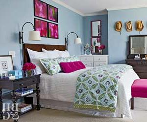 a colorful bedroom Real Life Colorful Bedrooms   Better Homes and Gardens   BHG.com 250 X 300