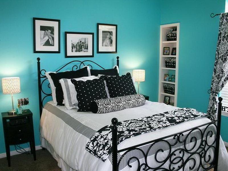 bedroom color aqua 25 Sophisticated Paint Colors Ideas For Bed Room | Aqua blue  600 X 800