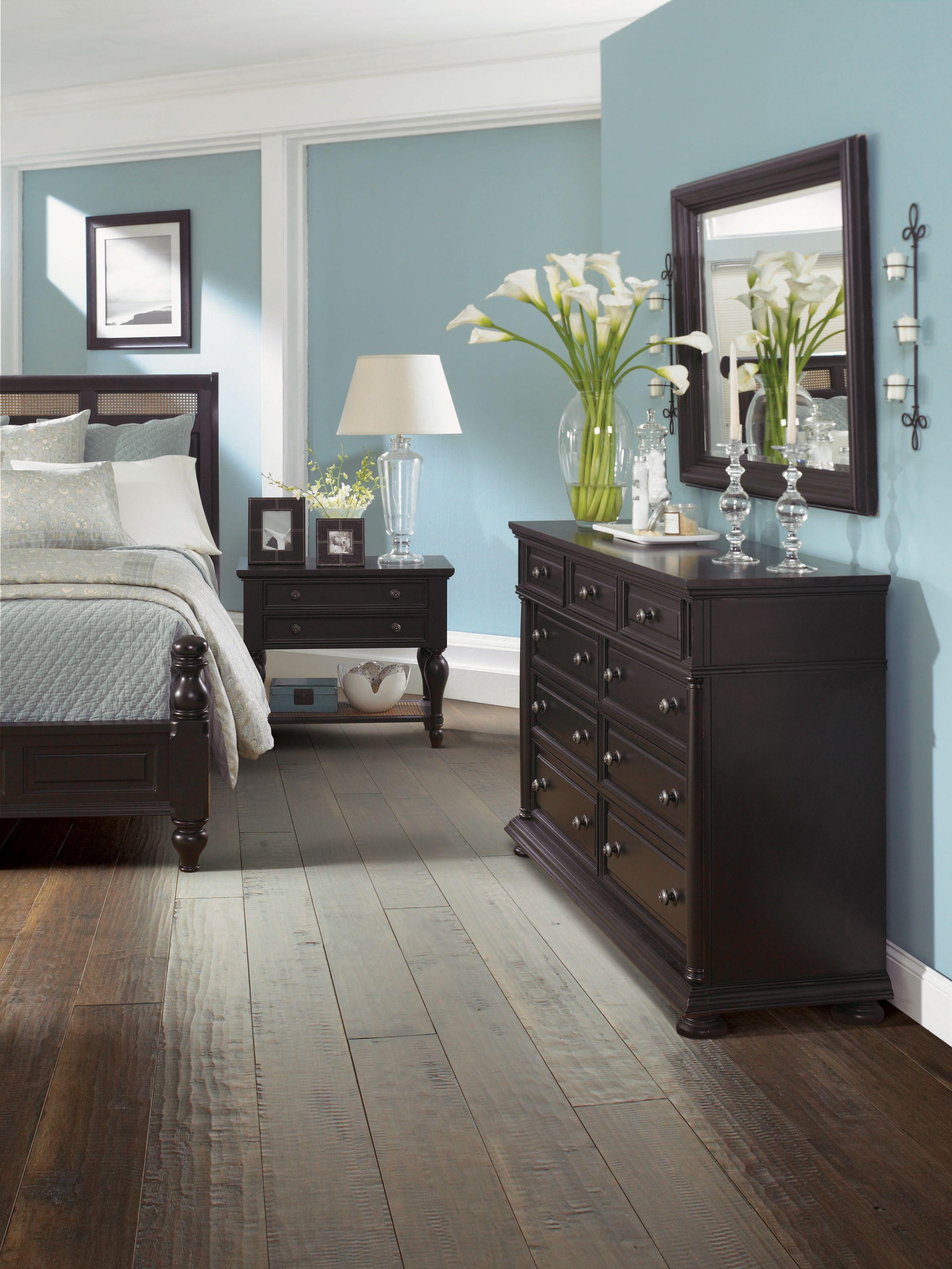bedroom color dark wood Choosing the appropriate dark wood bedroom furniture  168 X 236
