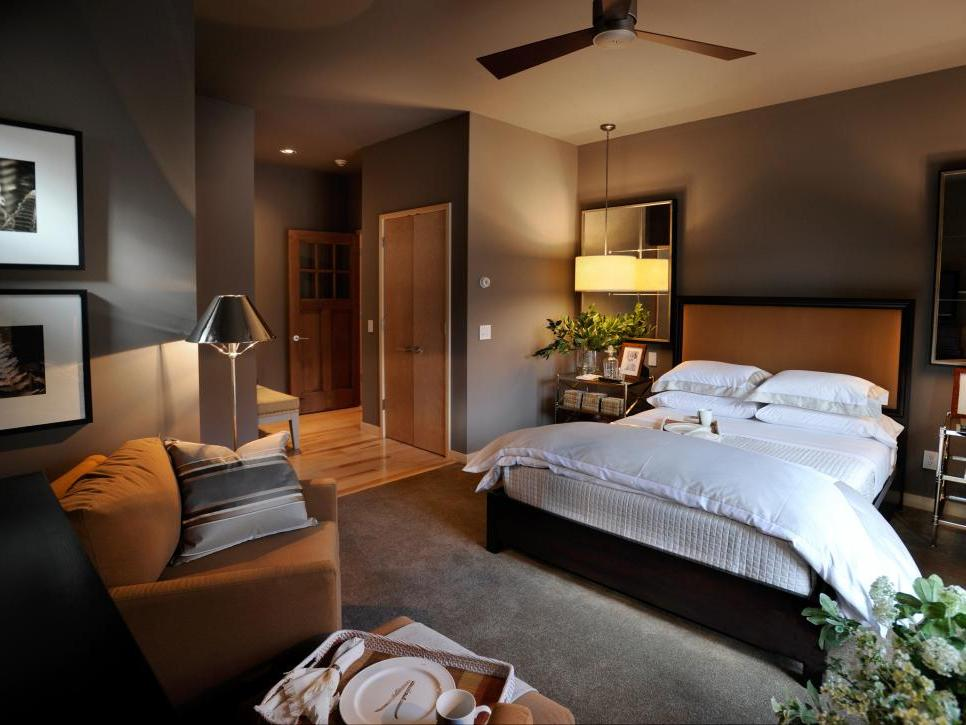 best bedroom color choices Pictures of Bedroom Wall Color Ideas From HGTV Remodels | Brown  725 X 966