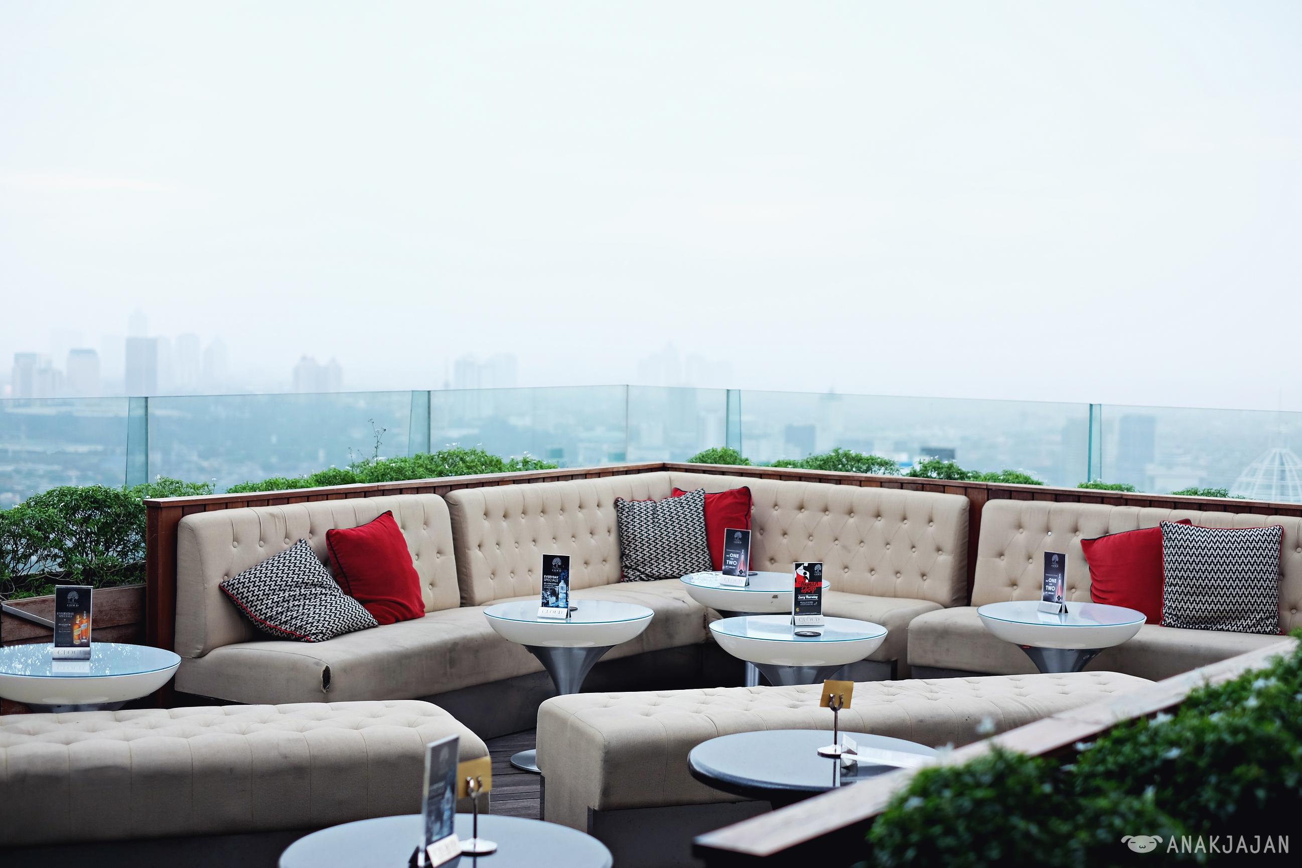cloud lounge and living room Cloud Lounge & Living Room Jakarta | ANAKJAJAN.COM 1730 X 2595