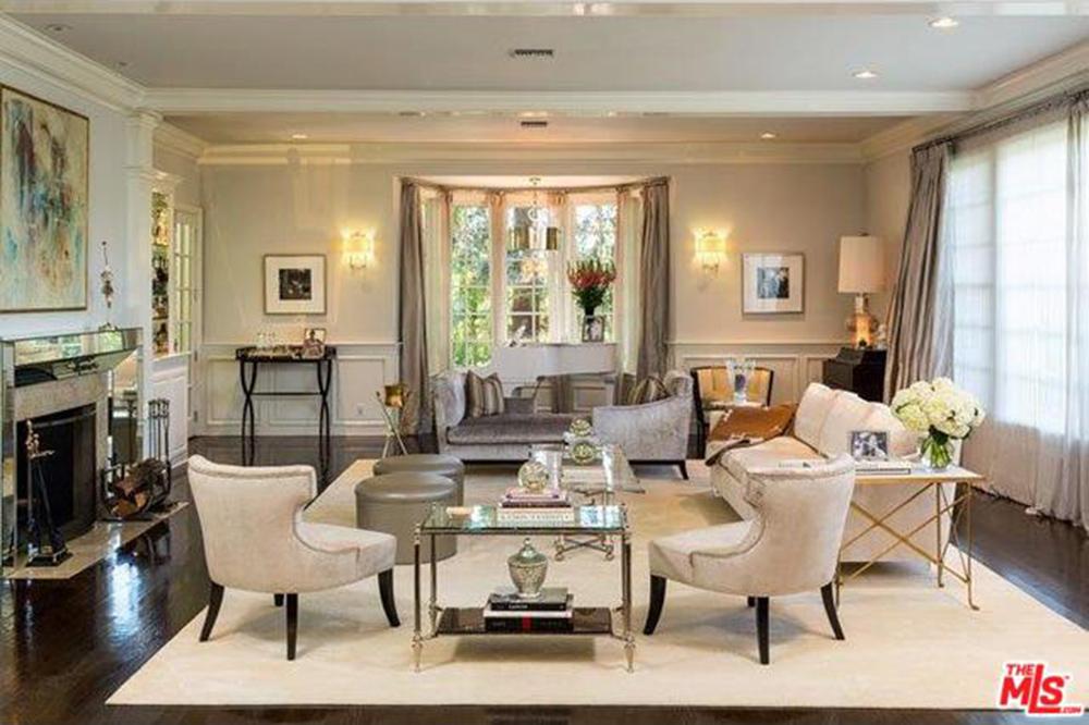 jlo living room Jason Samuels Luxury Homes Consultant 01 305 812 1121 Jasonsam5255  576 X 1024