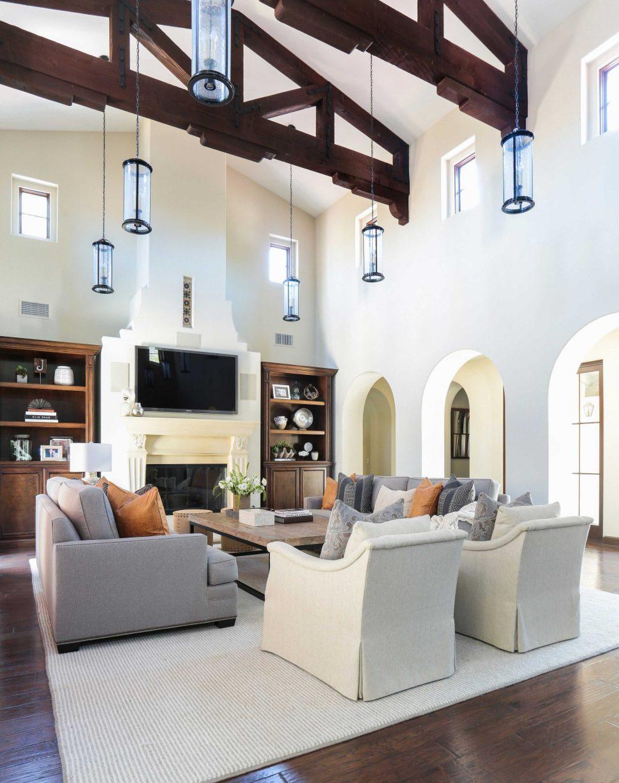 k significa living room en español Living Room: Sweet Living Room En Espanol With Double Brown Smooth  1228 X 970