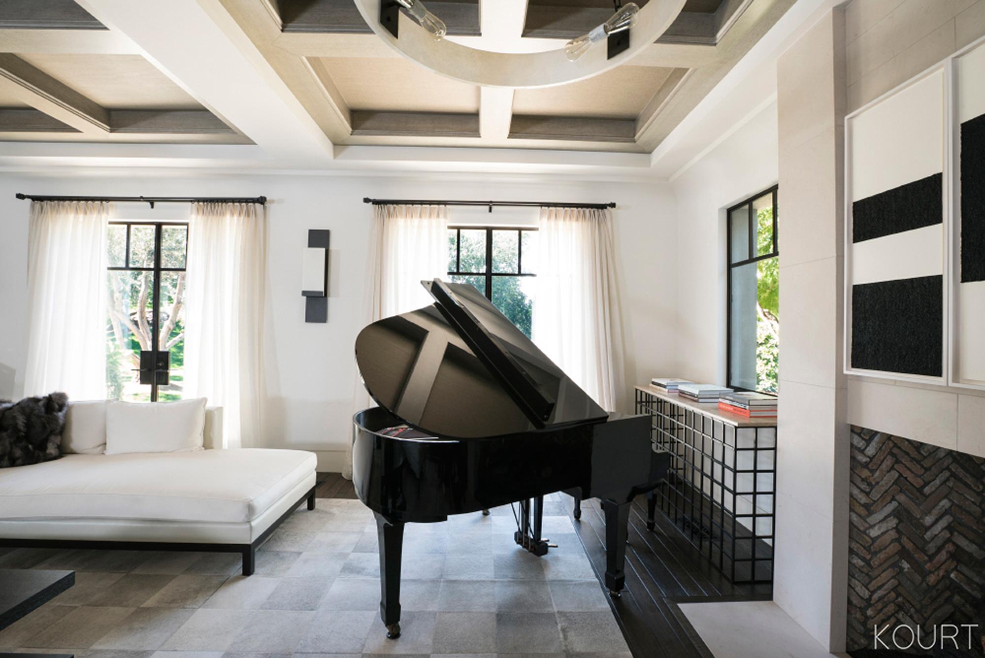 kourtney k living room Image result for kourtney kardashian's house | Living Rooms  480 X 640